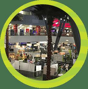Disfrutar de un centro comercial en Medellín