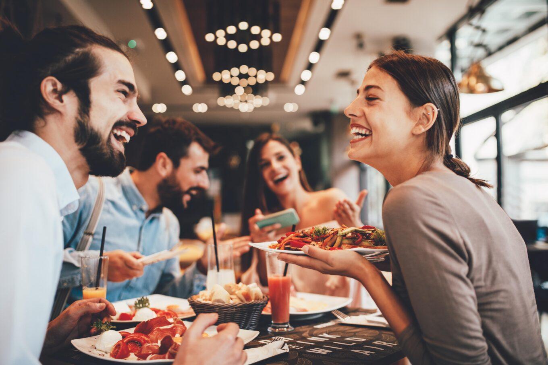 6 Cosas para hacer en un Centro Comercial con tus Amigos